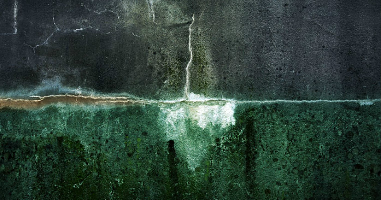 falling in the ocean2